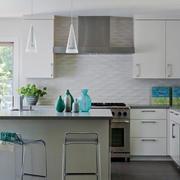 都市小清新风格厨房吧台装修效果图赏析
