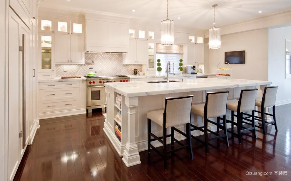 32平米欧式风格别墅室内开放式厨房吧台装修效果图