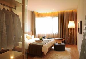 现代简约风格卧室窗帘装修效果图赏析