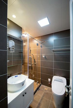日式简约风格三室两厅一卫室内装修效果图案例