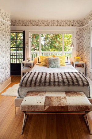 32平米简欧风格卧室墙纸装修效果图鉴赏