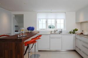 80平米现代风格开放式厨房吧台设计效果图