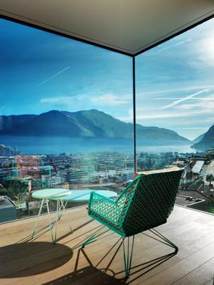 现代简约风格大户型阳台装修设计效果图