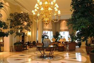218平米现代风格酒店大厅装修设计效果图