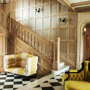 美式乡村风格别墅室内实木楼梯装修效果图
