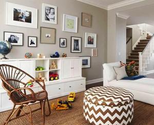 现代风格复式楼客厅照片墙设计效果图鉴赏