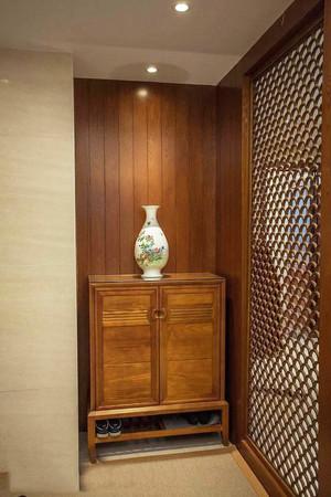 136平米中式风格入户玄关鞋柜设计效果图鉴赏