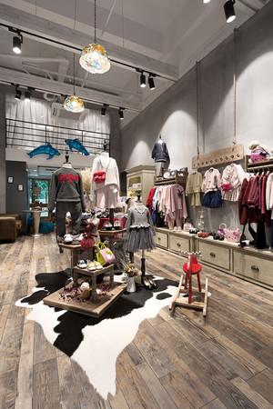 40平米后现代风格童装服装店装修效果图