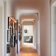 欧式风格大户型室内过道照片墙装修效果图