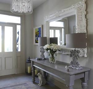欧式风格别墅室内进门玄关装修效果图