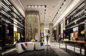 224平米现代风格服装店装修效果图赏析