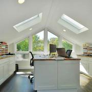 现代简约美式风格阁楼书房设计装修效果图