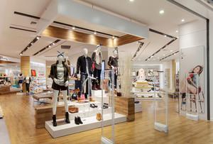 170平米现代风格服装店装修效果图鉴赏