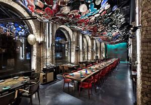 190平米现代工业风格时尚餐厅装修效果图