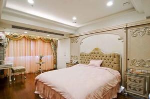 精致欧式风格三居室室内卧室背景墙装修效果图
