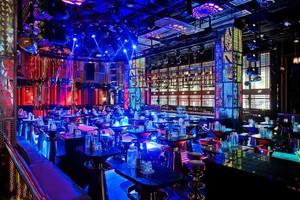 120平米现代风格音乐酒吧设计装修效果图