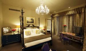 奢华欧式风格卧室窗帘设计装修效果图