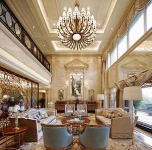 欧式风格豪华别墅客厅吊灯装修效果图