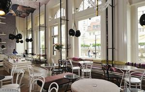 190平米现代风格咖啡厅装修效果图赏析