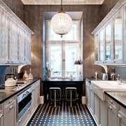 欧式风格别墅室内整体厨房装修效果图赏析