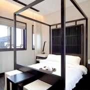 中式风格两居室室内卧室背景墙装修效果图