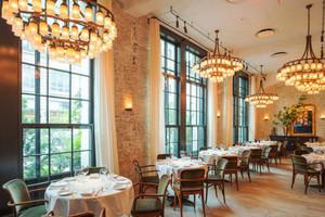 240平米现代风格餐厅装修效果图赏析