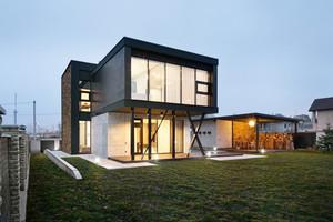 现代风格二层别墅装修效果图鉴赏