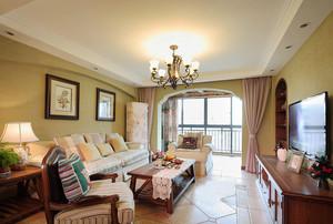 美式田园风格三居室客厅吊顶装修效果图