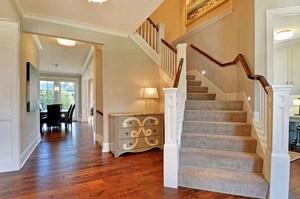欧式风格别墅室内旋转楼梯装修效果图