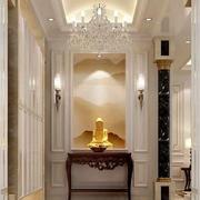 欧式风格别墅进门玄关柜装修效果图赏析
