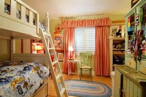 美式田园风格儿童房双层儿童床装修效果图