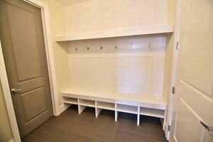 简欧风格两居室室内玄关鞋柜设计效果图