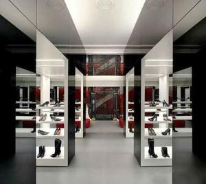 42平米后现代风格鞋店设计装修效果图赏析