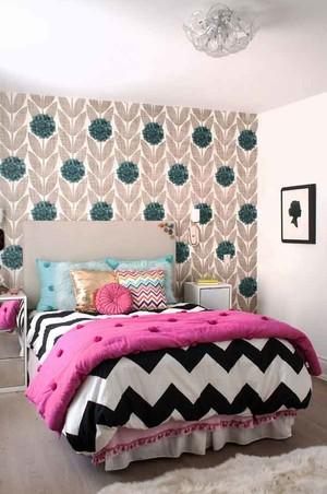 现代简约风格卧室背景墙装修效果图赏析