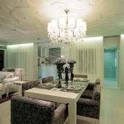 简欧风格大户型室内餐厅吊灯设计装修效果图