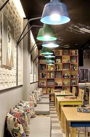 充满日式风格咖啡厅沙发设计装修效果图
