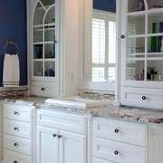 欧式风格别墅室内卫生间浴室柜装修效果图鉴赏