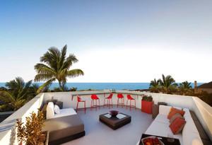 美式风格别墅露天阳台装修效果图赏析