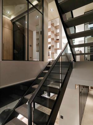 后现代风格别墅室内楼梯装修效果图赏析
