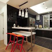 现代简约风格时尚创意开放式厨房吧台装修效果图