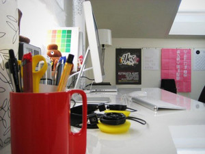 现代简约风格精致工作台设计装修效果图大全