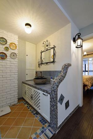 地中海风格两居室卫生间浴室柜装修效果图