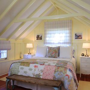 欧式风格温馨阁楼卧室装修效果图赏析