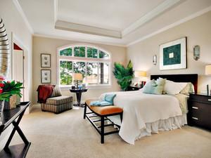 欧式风格别墅室内温馨舒适卧室装修效果图