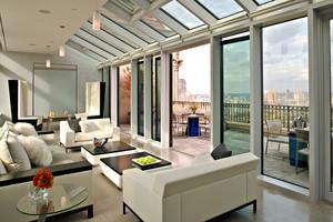 现代风格大户型客厅隔断玻璃移动门装修效果图