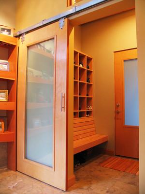 现代风格朴素自然进门玄关鞋柜设计装修效果图