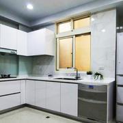 现代简约风格两居室厨房橱柜设计装修效果图