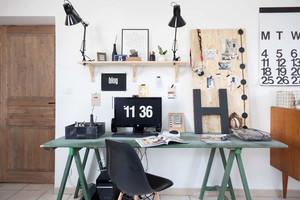 北欧风格室内工作台装修效果图