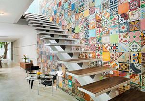 后现代风格小复式楼梯背景墙装修效果图