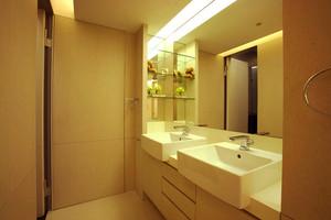 现代风格小户型卫生间陶瓷洗脸盆装修效果图赏析